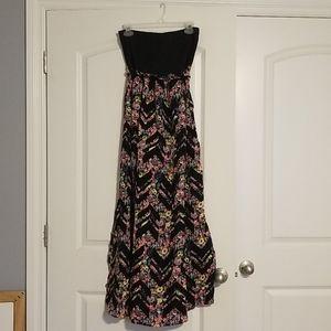 Womens long strapless dress